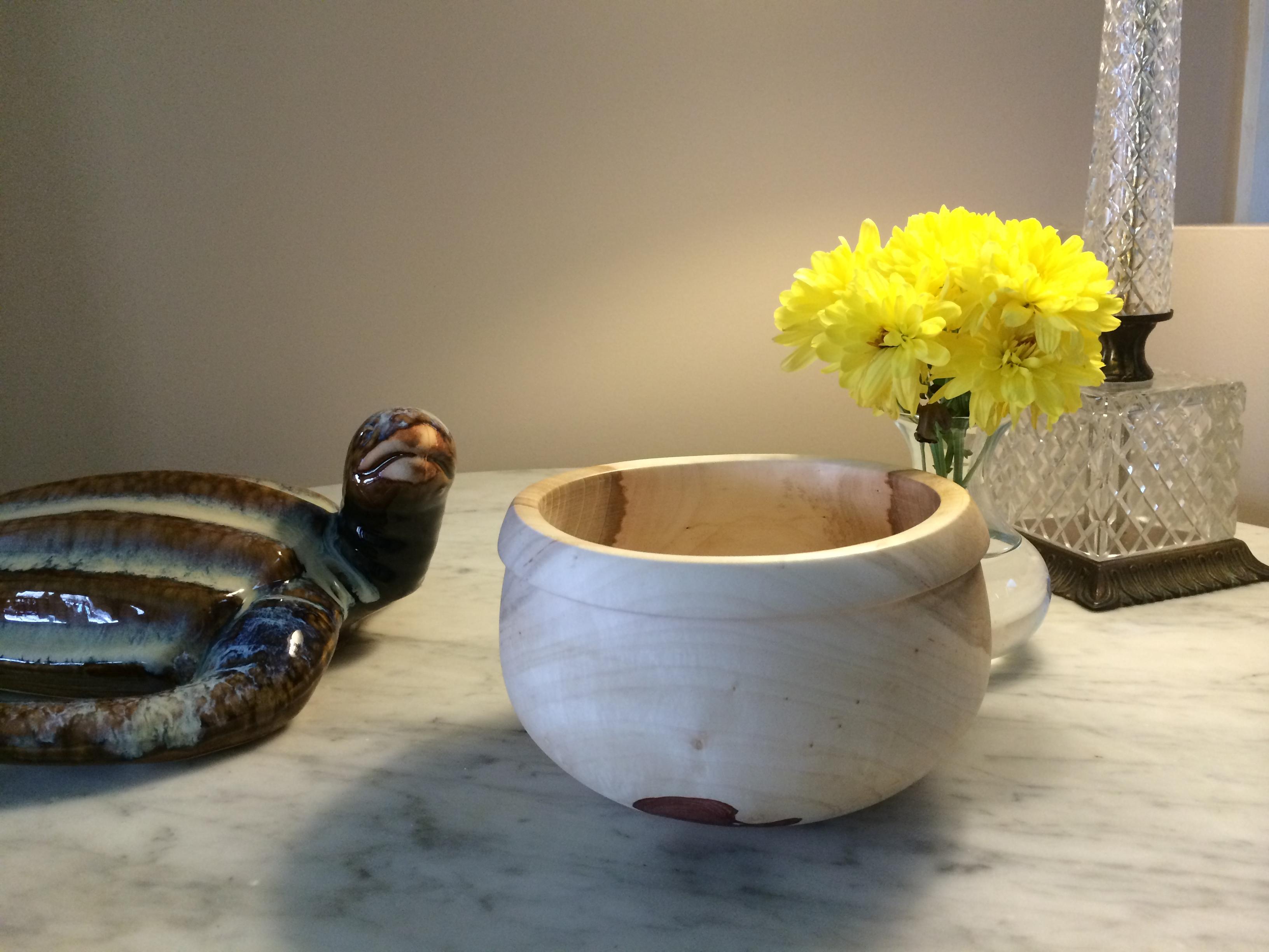 Wood bowl by Craig McConchie