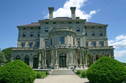 Front entrance to the Breakers