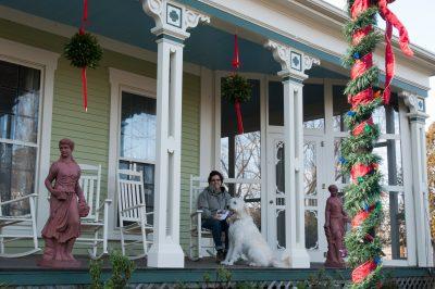 cfi-front-porch-20120101-0003