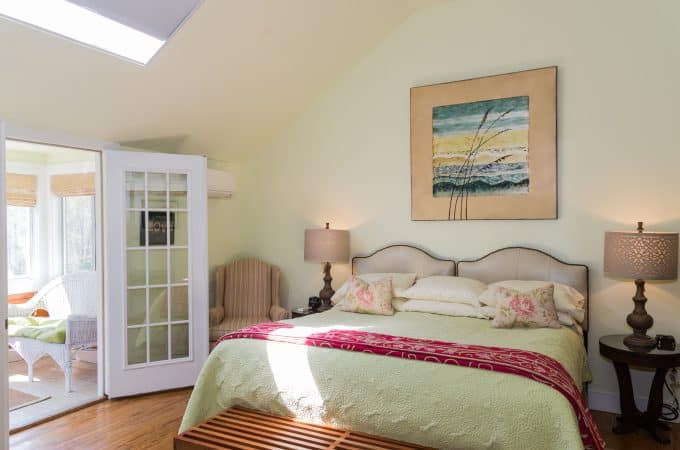 Provincetown Room bed